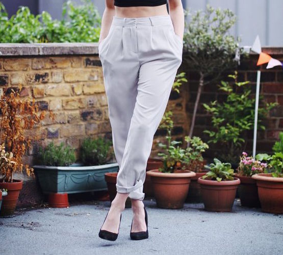 fashion tips summer clothes high wasted pants high heels