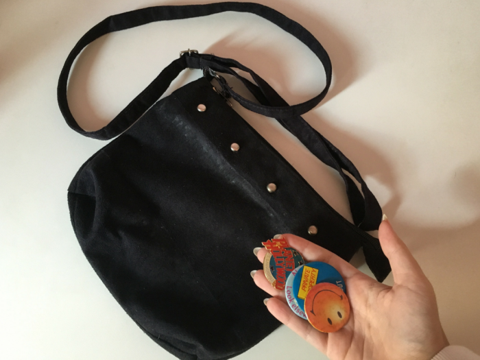 fashion | fashion tips | DIY | D.I.Y. | purse | purses | purse with bottoms | fringe purse | customizing an old purse | cutomizing purses